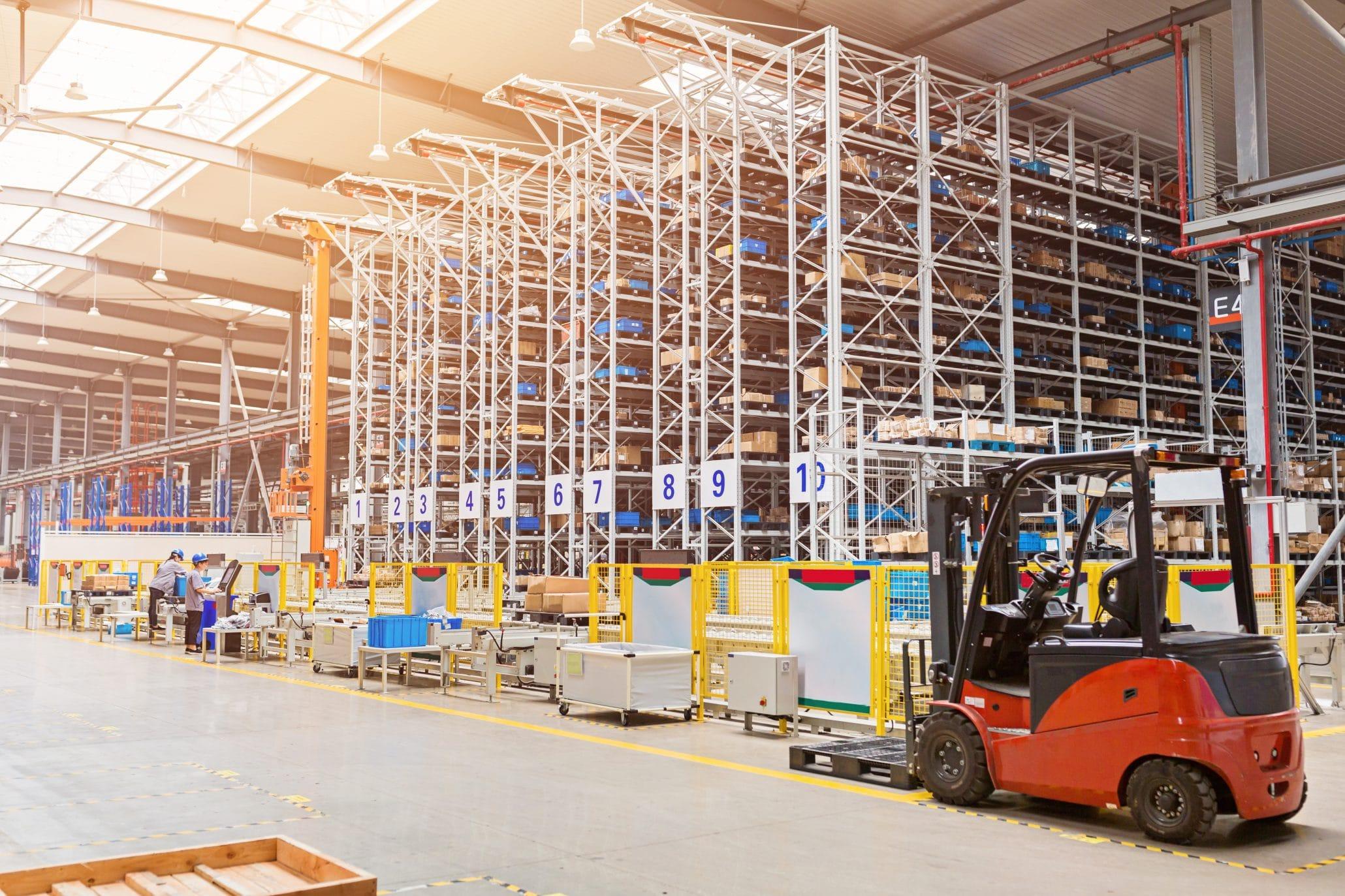 warehouse-C7VGH2T